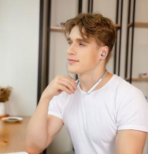 Quality Stereo Neckabnd Bluetooth headset Z700A,wireless surround stereo Headset,Neckband Bluetooth Headset ,Stereo Sound Blueto for sale