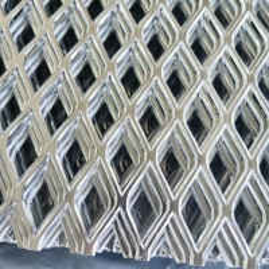 Quality Triple Diamond Aluminum Sliver Mesh Sheet Color Coated Embossed Aluminum Sheet for sale