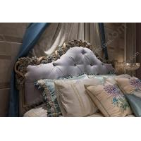 China New Arrival Hand Carved French Style Master Room King Bed on sale