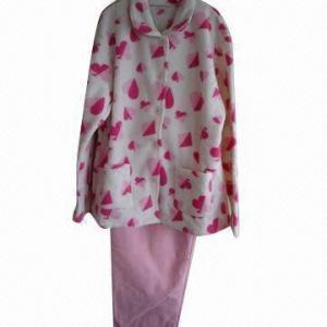 China Coral fleece pajama set, soft texture on sale