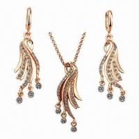 Quality Jewelry Sets with Pendants, Necklace and Earrings for sale