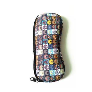 Quality Ultra Light Portable Travel Soft Neoprene eyeglasses Pouch Zipper.SBR Material. Size is 19cm*8.7cm. for sale