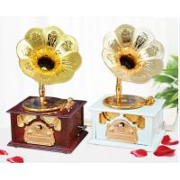 Best European style Vintage  phonograph craftwork Decoration wholesale