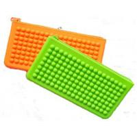 China colorful bean shape silicone purse wallet with zipper on sale