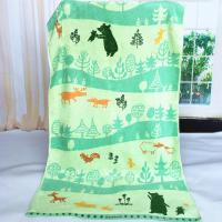 China Custom Forest Jacquard Woven Velvet Beach Towels Canada Heavy Weight 550gsm on sale