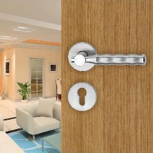 China Zinc Alloy Door Handle Lock Set (1753Y-NB) on sale