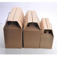 Quality Corrugated Cardboard Fruit Boxes With Handle , Varnishing / Calendering Printing for sale