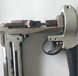 Quality Pneumatic Air Compressor Nail Gun , Sofa Springs Air Powered Nail Gun for sale