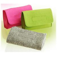 China Felt Cosmetic Bag Fashion  Make-up Bag and More suit for women make up bag and case on sale