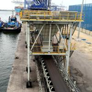Quality mobile portable Hopper for port discharging bulk materials for sale