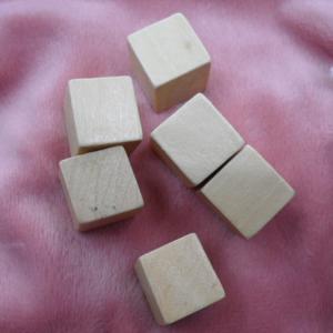 Best natural wooden blocks 15mm wood cubes unfinished wood blocks wholesale