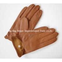 S72362 Wholesale women wearing leather gloves with no lining