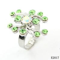 Best Fashion Women's Finger Western Jewelry Rings with Green Crystal for Gift OEM wholesale