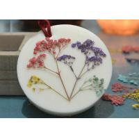 China Aroma Decorative Pressed Flower Gifts Material Green Plant Epoxy Embossed Specimens on sale