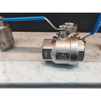 China Screwed Welded Clamp 150lb 3pcs Stainless Steel Ball Valve for sale