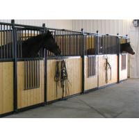China Prefabricated Powder Coated 2 Horse Stable Partitions With Bamboo Horse Boarding on sale