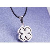 Quality Female Gift Stainless Steel Fashion Jewelry 4 Leaf Clover Necklace With Leather Rope for sale