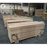 China China Top Scaffold supplier Best price of 42mm 38mm 225*3900mm OSHA  lvl wooden scaffold board used for construction on sale