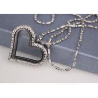 Quality Crystal Diamond Love Heart Shaped Locket Necklace Customized Size Fashion Style for sale