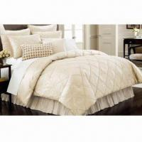 China Faux Silk Comforter Set with 250gsm Polyester Filling, Sponge and Diamond Stitching on sale