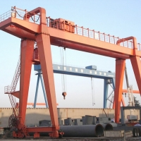 Quality 500ton Double Girder Gantry Crane With Electric Winch for sale