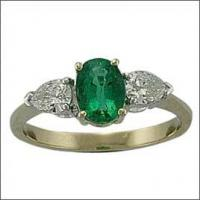 Quality Emerald Stone Finger Ring Jewelry for sale