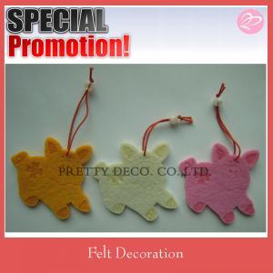 Quality Pig shaped felt animal patterns felt hanging decoration for sale