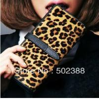 China Fashion Genuine Leather Money Clip- Cow Hide / Horse Hair Wallets on sale