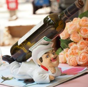Customize shoe wine bottle holder
