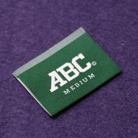 China Polyester Woven Apparel Labels End Fold For Clothing , Sew On Name Tags on sale
