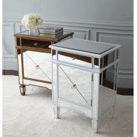 China Popular Silver Mirrored Bedside Tables, Durable Mirrored Dresser And Nightstand Set on sale