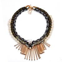 China Modern pearl necklace Hot Sale Rhinestone tassel chains Statement Necklace on sale