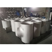 Quality Seamless TP304 Butt Welded 110mm Equal Tee Pipe Fitting Varnished for sale