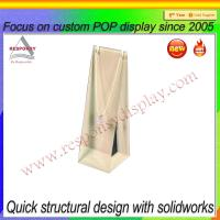 China Customized acrylic necklace display stand on sale