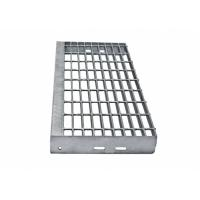 Quality Heavy Galvanized Steel Grate Stair Treads Exterior Thickness 30mm x 3mm for sale