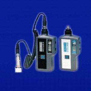 Quality Digital Vibration Meter with Temperature Measuring , 0.1~199.9 m/s2 Acceleration EMT220 for sale