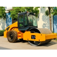 Quality Single Drum 8 Ton Vibratory Road Roller Mechanical Drive for sale