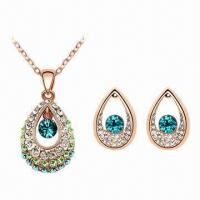 Quality Crystal Jewelry Set with Fashionable Design, Includes Necklace and Earrings for sale