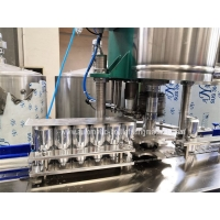 Quality 500ml Rotary  Beverage Can Filling Machine With Capper for sale