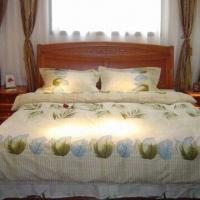 China Four-piece Bedding Set, Includes One Bed Sheet, One Quilt Cover and Two Pillow Cases on sale