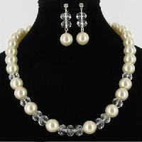 Quality Pearl Fashion Alloy Jewelry Set (JEY-015) for sale