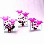 GLASSWARE Flower-shaped Candle Holders Made of Glass