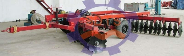 Buy Disc Harrow Series 1BQ-3.4 42-piece Hydraulic Offset Light-duty Harrow at wholesale prices