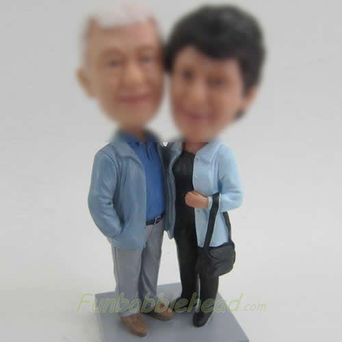 Buy Dad and mom doll at wholesale prices