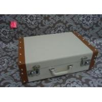 Quality White decorative vintage leather suitcase with metal lock for sale