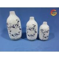 Quality Porcelain white shiny flower vase with pattern for sale