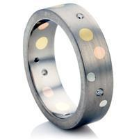 Quality Decorative Finish Titanium Wedding Ring. for sale