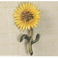 Quality Vintage Mini Enamel Daisy Pin Signed HAR for sale